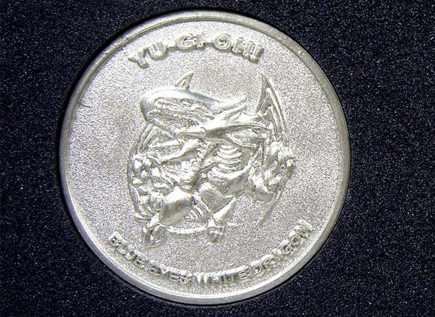 File:BlueEyesWhiteDragon-SB-Coin.jpg