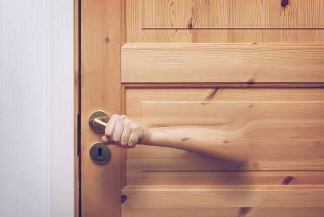 File:Open doors by thomasjergel-d5rnql4.jpg