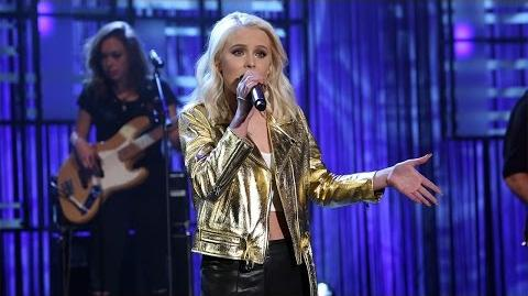 Zara Larsson Performs 'Never Forget You' with MNEK