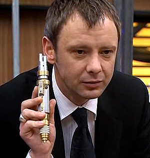 File:Master with laser screwdriver.png