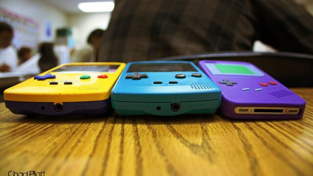 File:Game-Boy-Color-Trio.jpg