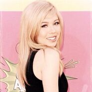 Jennette McCurdy-6