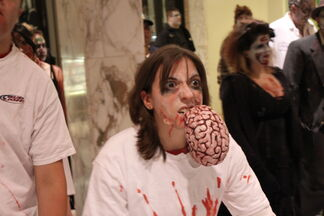 Zombie Fest 2009- brain eating zombie (4003555494)
